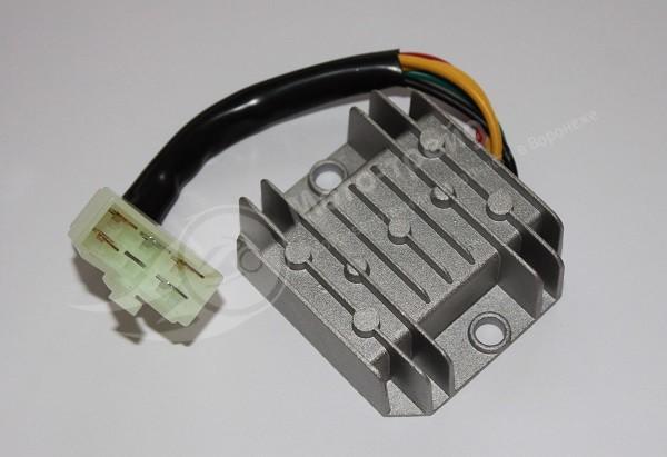 Реле регулятор YABEN 125 150  с фишкой 5 конт. широкая